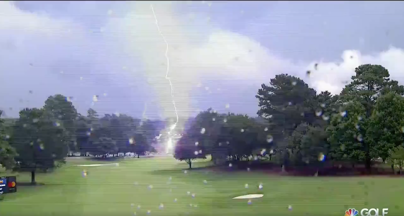 Illustration for article titled Lightning Strike At PGA Tour Championship Injures Six Spectators