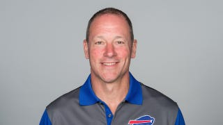 Illustration for article titled Buffalo Bills Offensive Line Coach Aaron Kromer Arrested For Battery