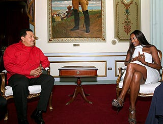Illustration for article titled Hugo Chavez Receives Diplomatic Mission From Naomi Campbell And Her Rogue Mobile Phone