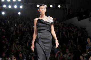 Illustration for article titled Prabal Gurung Delivers Tasteful Dresses For Classy Ladies