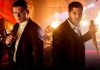 """Illustration for article titled From Dusk Till Dawn's's """"Pandemonium"""" Doesn't Exactly Go As Advertised"""