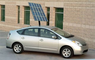 "Illustration for article titled New Toyota Prius To Get Solar Panels As ""Symbolic Gesture"""