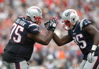 Illustration for article titled Vince Wilfork's Ping-Pong INT Was The Most Disruptive Play In Week 3