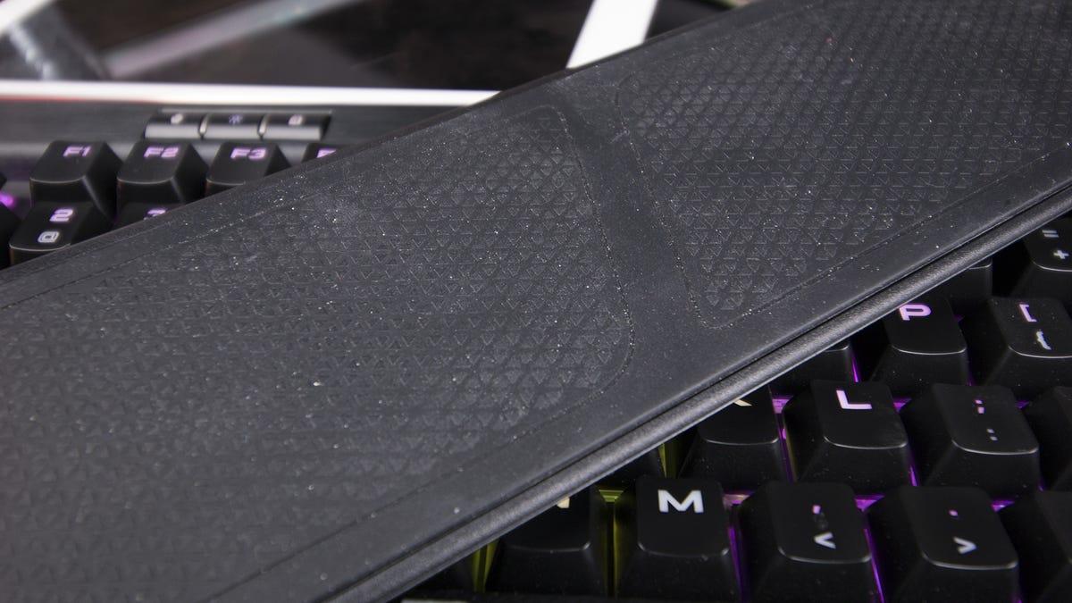 Corsair Gaming K95 RPG Platinum Review: A Very Gaming Keyboard
