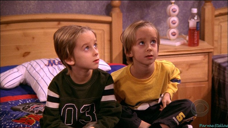 Sawyer and Sullivan Sweeten on Everybody Loves Raymond
