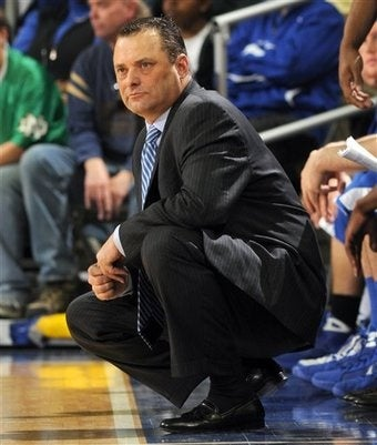 Illustration for article titled Billy Gillispie Just Not Fitting In At Kentucky