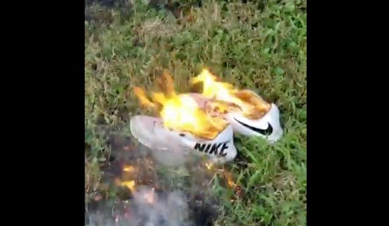 Illustration for article titled People Are Destroying Their Nike Gear Because Of Colin Kaepernick
