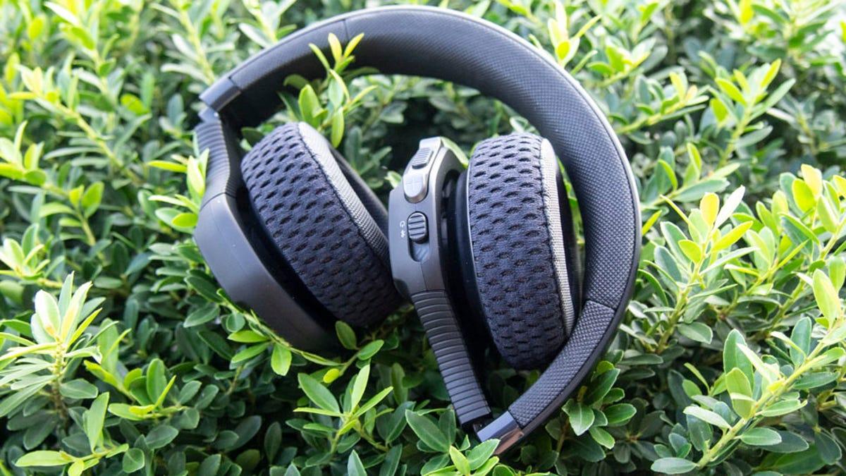 04bae2b739 UA Sport Wireless Train Review: Great Sounding Sport Headphones