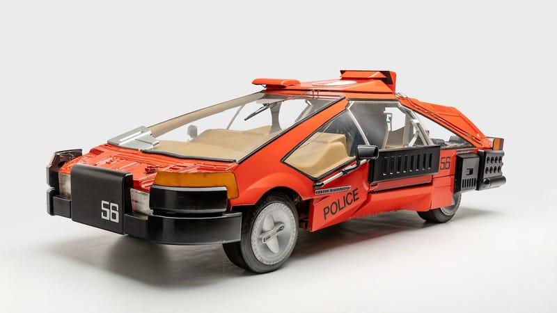 Deckard's sedan, driven in Blade Runner (1982) Designer: Syd Mead