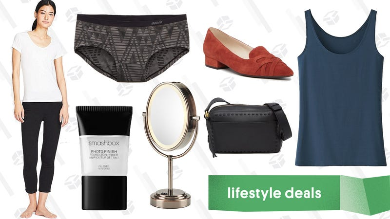 Illustration for article titled Wednesday's Best Lifestyle Deals: Makeup Mirrors, Uniqlo AIRism, Cole Haan, Smashbox, and More