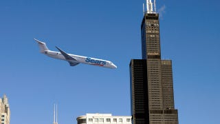 Illustration for article titled Sears Extremists Fly Plane Into Willis Tower