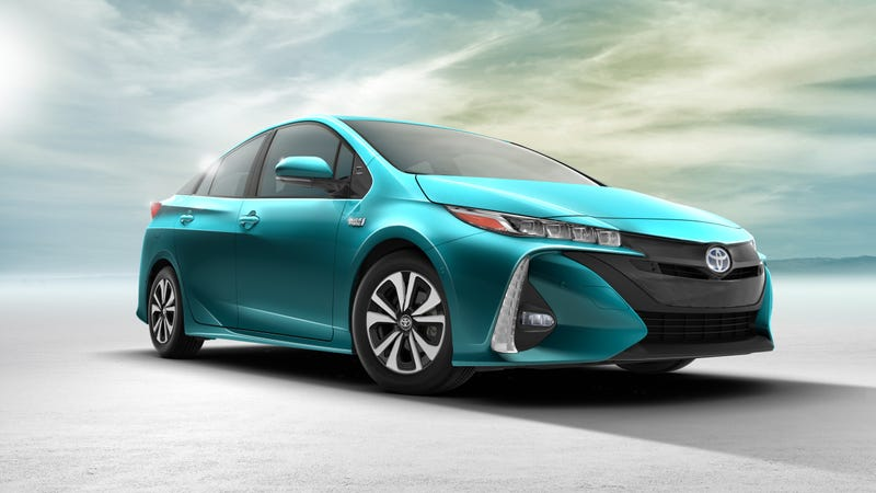 Illustration for article titled 2017 Toyota Prius Prime: Will People Buy Toyota's Most Advanced Hybrid Ever?