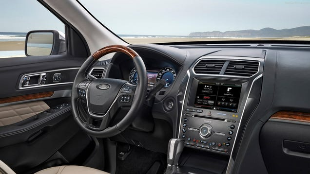 the new ford explorer vs land rover discovery sport. Black Bedroom Furniture Sets. Home Design Ideas