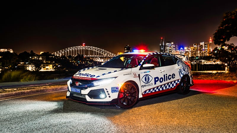 Illustration for article titled A Honda Civic Type R Joins Australian Police Force, but Not to Chase Your Hooning Self Down