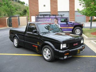 Illustration for article titled The GMC SYCLONE - is it rare?