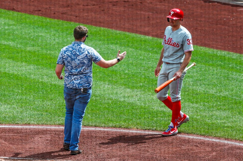 Illustration for article titled Nonchalant Idiot On The Field Arrested For Picking Inopportune Time To Say Hello To Phillies' Brad Miller