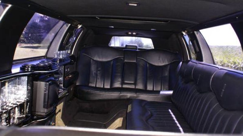 This Lifted Lincoln Limo Is Way Cooler Than Your Stretch