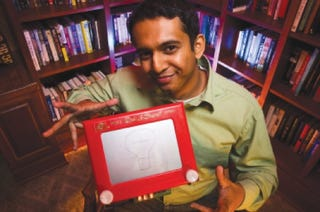 Illustration for article titled Etch-A-Sketch Mod Adds Memory, Ability to Reproduce Your Art