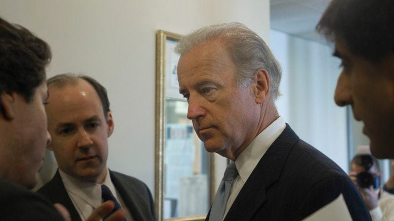 Illustration for article titled Biden's Handlers Suggesting He Forget The Words 'Pink' And 'Stink' Altogether