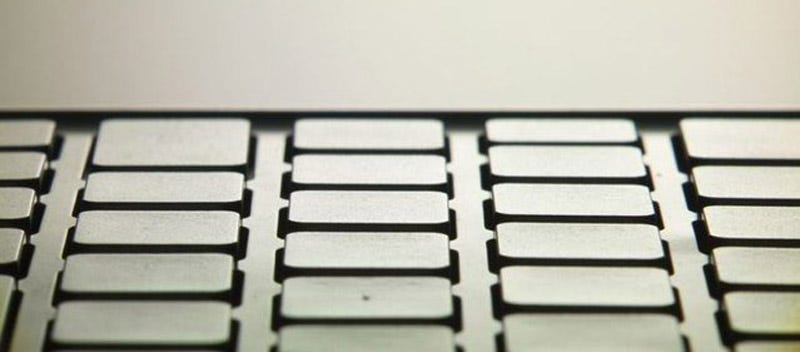 Illustration for article titled Sony Vaio Pocket Netbook's Keyboard Looks Full Size, Has a Track Stick