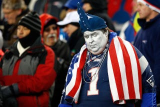 Illustration for article titled Being A Fan Of A Bad Football Team Will Make You Fat