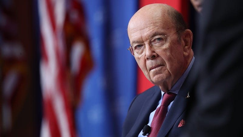 Illustration for article titled Commerce Official Rejects Allegation That Wilbur Ross Steals Sweet'N Low Packets