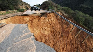 Illustration for article titled California Highway Collapses, But Guardrail Still Stands