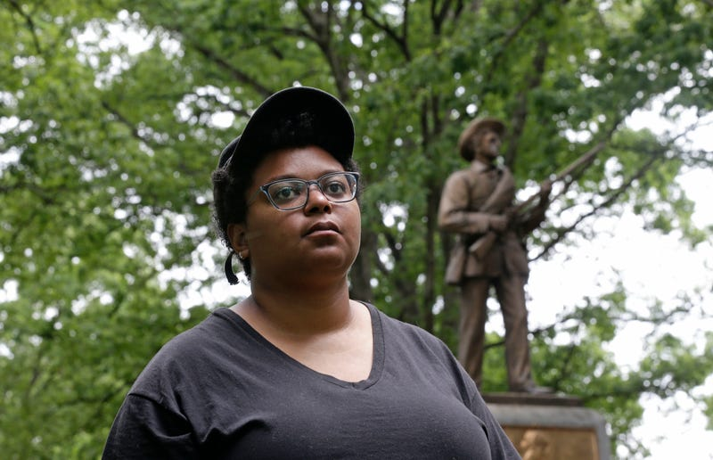 Illustration for article titled Confederate Statue 'Silent Sam' Could Return to UNC Chapel Hill but Protesters Have Other Plans