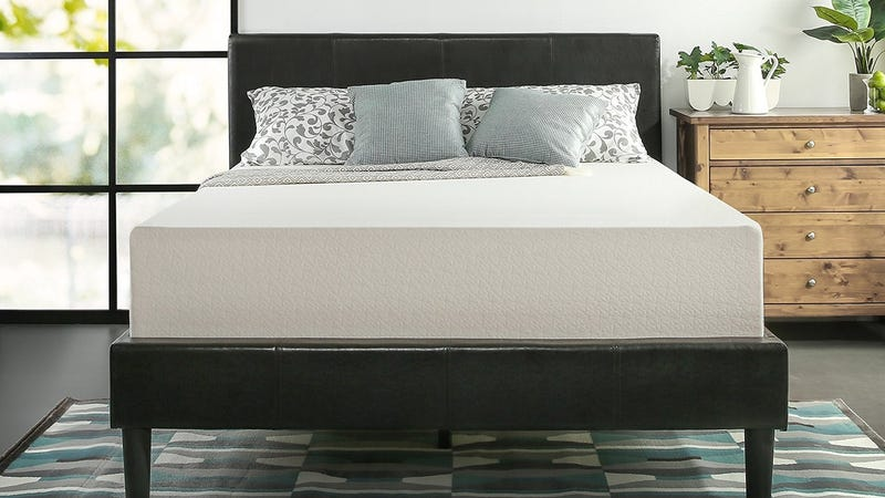 Zinus Memory Foam Mattress Sale (Full/Queen/King) | $159-$209 | Amazon