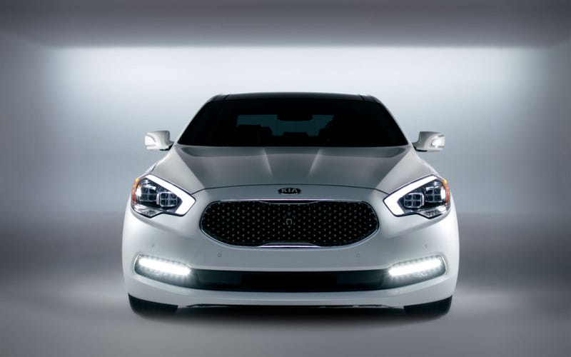 Illustration for article titled July Accounted For 40% Of Kia K900 Sales For 2015