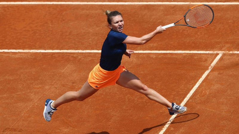 Young pretenders target the tennis old guard at French Open