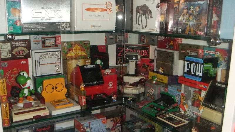 Illustration for article titled A Mind-Boggling 30-Year Collection of Video Games Can Be Yours for Only $550,000