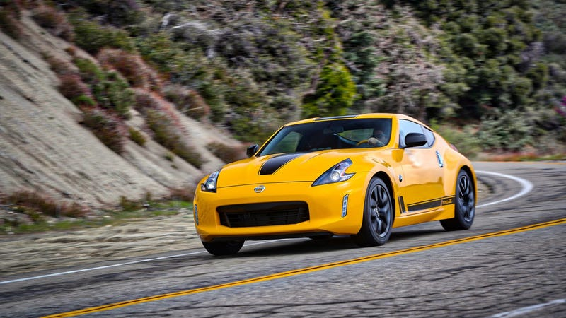 Illustration for article titled The 2018 Nissan 370Z Heritage Edition Is A Reminder That Nissan Still Doesn't Give A Shit About Affordable Sports Cars