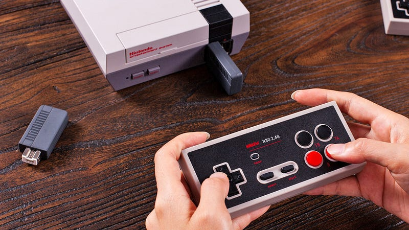 Illustration for article titled The NES Classic Returns Today But I'm More Excited About This Wireless Controller