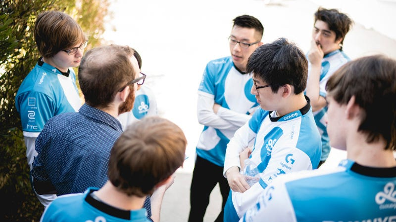 The Cloud9 LCS team, with LemonNation out of uniform, at the LCS playoffs, by Riot Games. Source