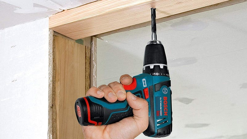 Taladro/Destornillador Bosch 12V + kit | $100 | AmazonFoto: Amazon
