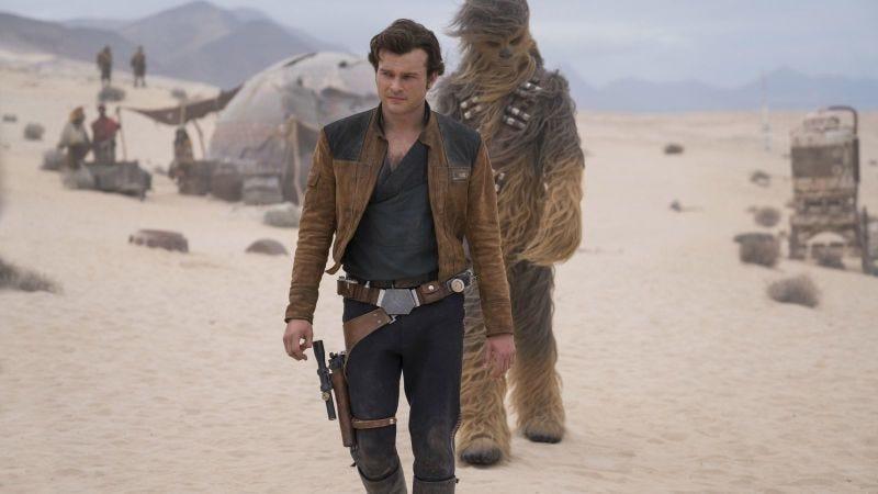Illustration for article titled Solo, la película de Star Wars, no entra en la carrera por los Oscars porque alguien se olvidó de enviarla