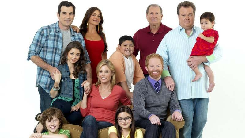 watch series cr modern family