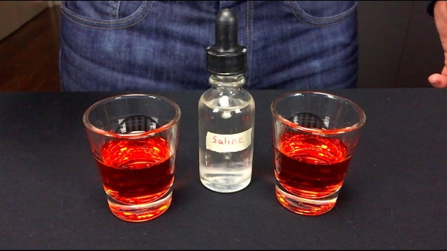 Enhance the Flavor of Cocktails With a Few Drops of Saline Solution