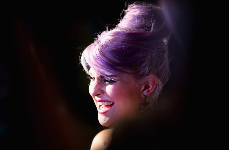 Illustration for article titled Kelly Osbourne Isn't Sure What Potential War She Should Be Upset About