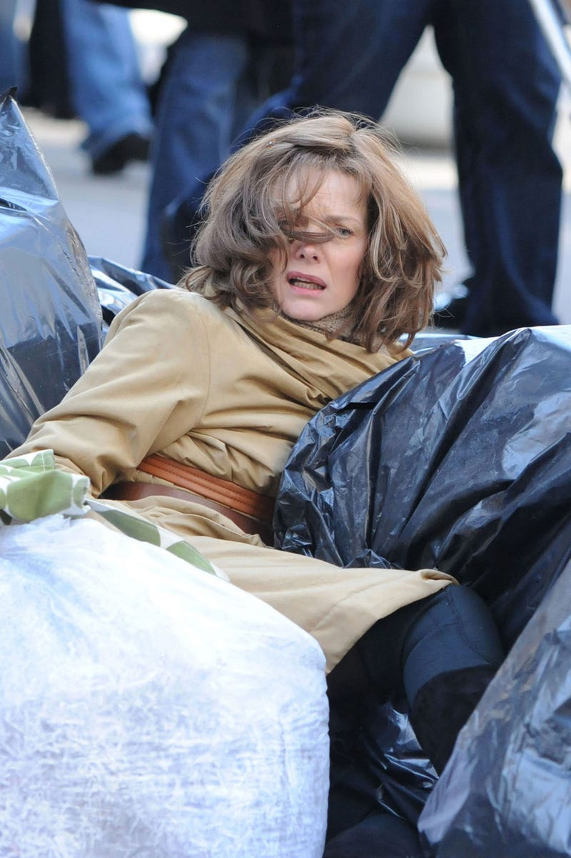 Illustration for article titled Michelle Pfeiffer Is Totally Trashed