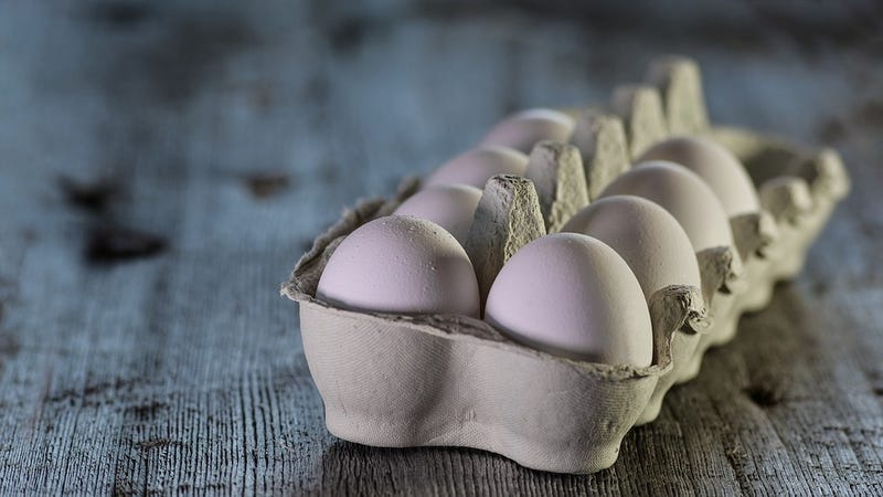 Add eggs to the list of healthy snacks you should be careful about eating right now, thanks to ongoing foodborne-illness outbreaks.