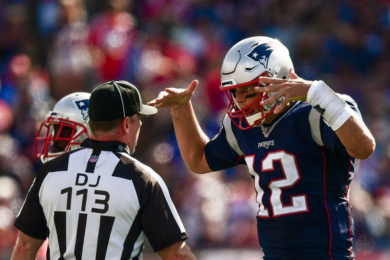 Illustration for article titled Why NFL Officiating Is Such A Shitshow Right Now