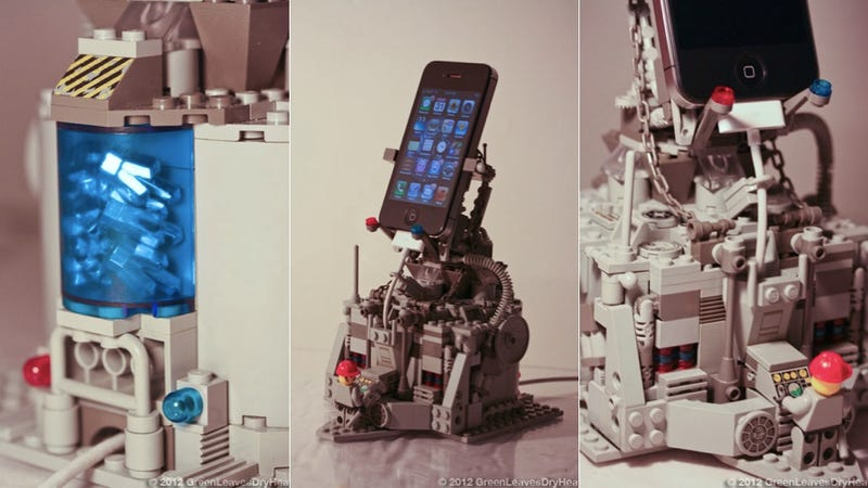 Illustration for article titled Every iPhone Deserves a Crystal-Powered LEGO-Throne