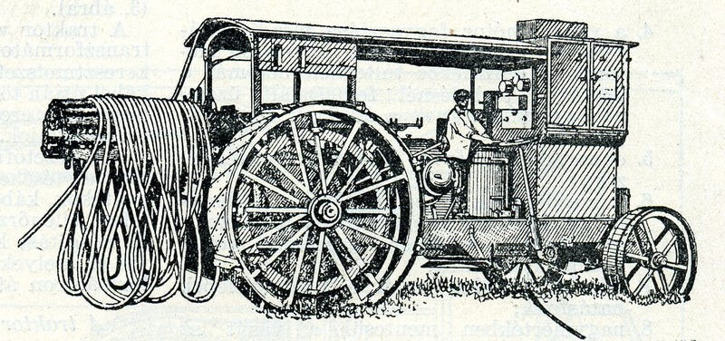Illustration for article titled Technical drawings of Soviet electric tractors