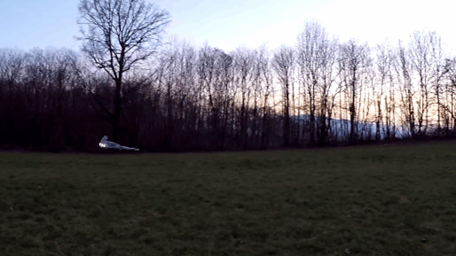Convierte tu dron en una réplica de Star Destroyer de Star Wars