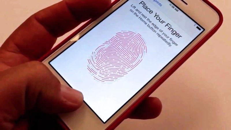Illustration for article titled Los smartphones con lector de huellas directamente debajo de la pantalla serán una realidad en 2018