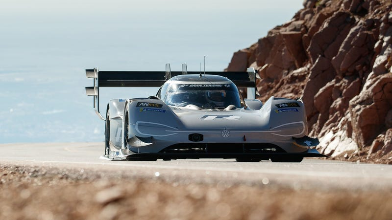 Illustration for article titled Volkswagen's Electric Car Just Broke The All-Time Record At Pikes Peak