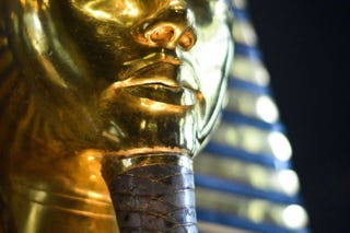 Illustration for article titled It's Gonna Cost at Least $110,000 to Repair King Tut's Damaged Mask