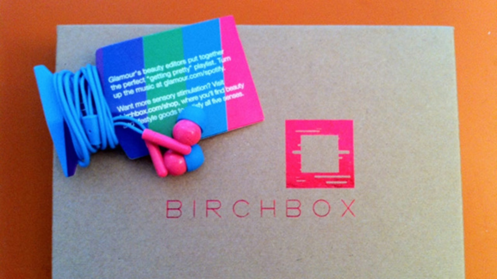 earphone jack keychain - Birchbox: At Least Those Crappy Earbuds Are Cute!